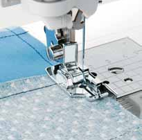 Singer 1/4 inch piecing foot with guide clip-on